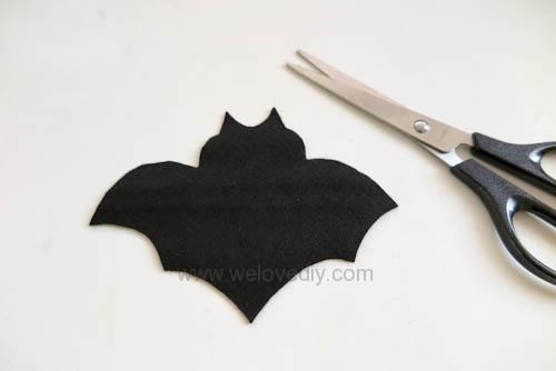 DIY 萬聖節嚇人的應景毛氈不織布蝙蝠造型杯墊 (2)