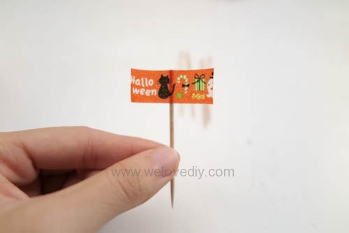 DIY 萬聖節蛋糕飄揚小旗牙籤 (3)