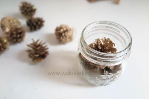 DIY 聖誕節應景松果玻璃罐子擺飾 (2)