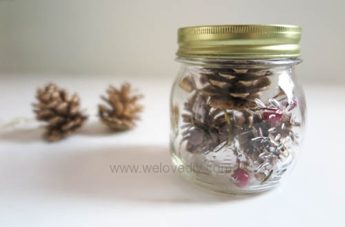 DIY 聖誕節應景松果玻璃罐子擺飾 (3)