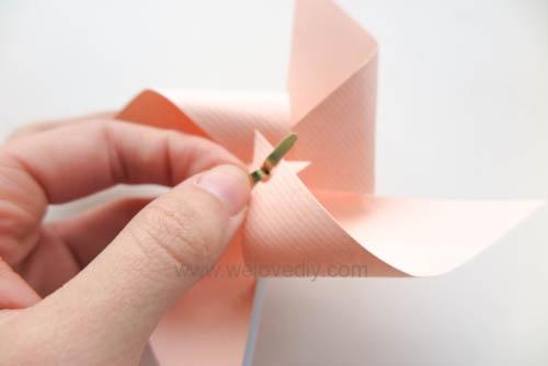DIY 兒童節簡單親子手作紙風車 (16)
