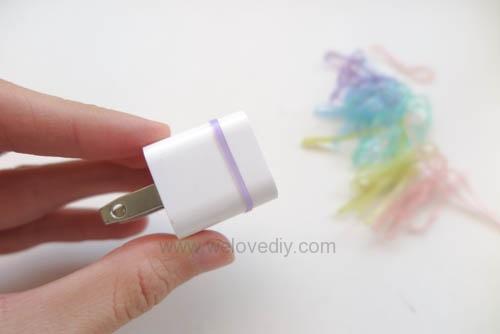 DIY 果凍顏色橡皮筋 iphone 充電插座繽紛大改造 (2)