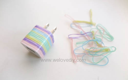 DIY 果凍顏色橡皮筋 iphone 充電插座繽紛大改造 (4)