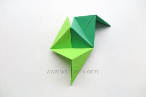 DIY 端午節手作三色摺紙粽子手工吊飾教學 (12)