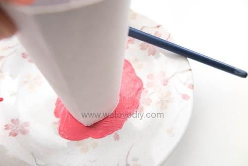 DIY 情人節廢物利用衛生紙捲軸做愛心印章 (4)