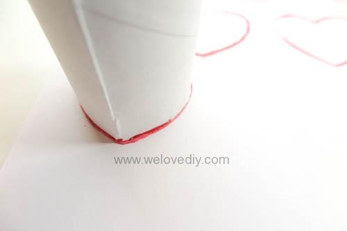 DIY 情人節廢物利用衛生紙捲軸做愛心印章 (5)