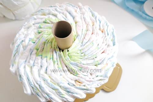DIY Diaper Cake 手作尿布蛋糕彌月禮 探新生兒孕婦禮物 (11)