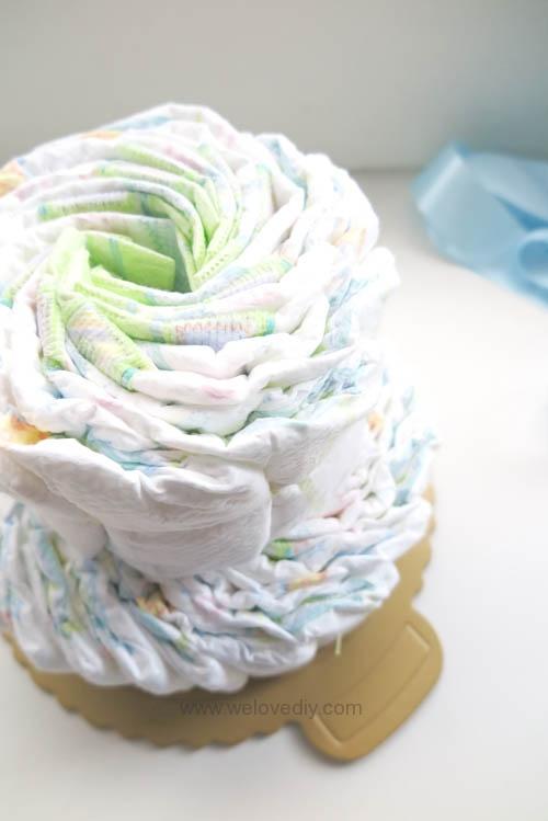 DIY Diaper Cake 手作尿布蛋糕彌月禮 探新生兒孕婦禮物 (13)