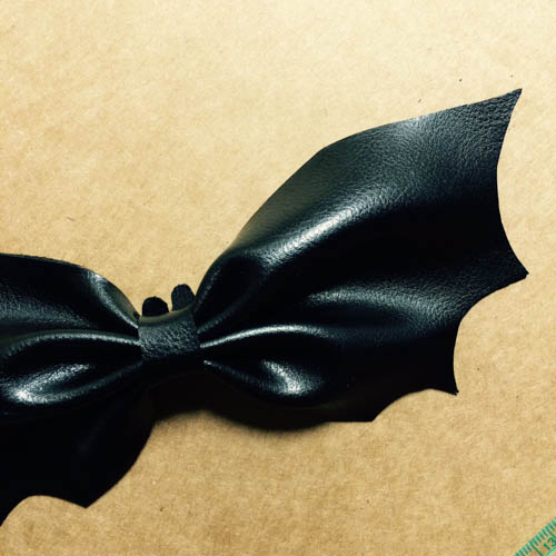 DIY 秝羽手作 萬聖節蝙蝠蝴蝶結髮箍 (5)
