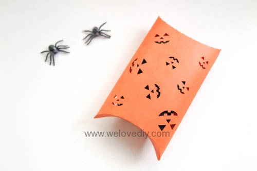 iCRAFT Halloween cutout pumpkin face pillowbox 手作拼貼切割機萬聖節禮物包裝