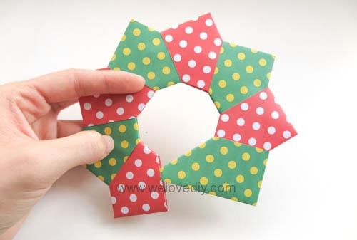 DIY 聖誕節耶誕裝飾花圈花環手作摺紙教學 (8)
