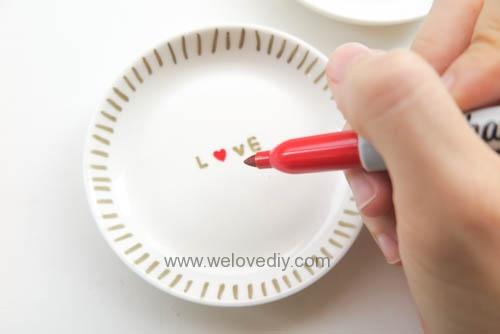 DIY DAISO 大創瓷器彩繪金色首飾鑰匙收納碟 (12)