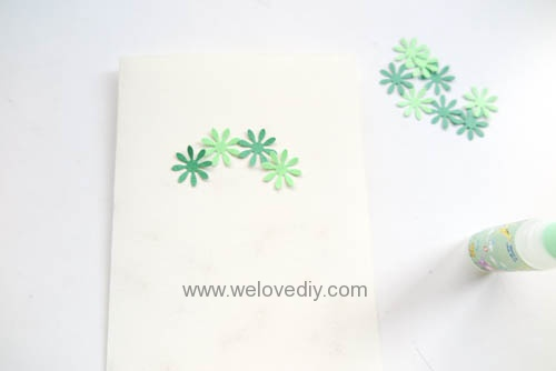 DIY Handmade Christmas Wreath Card 聖誕節花圈造型打洞器剪紙卡片手作耶誕賀卡 (4)