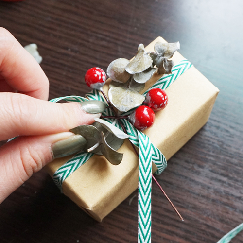 DIY 聖誕節果葉系禮物包裝教學 Chuan Handmade (16)