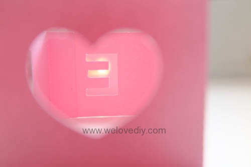 DIY iCRAFT 手作拼貼切割機情人節 LOVE 愛心紙做燈罩 (9)