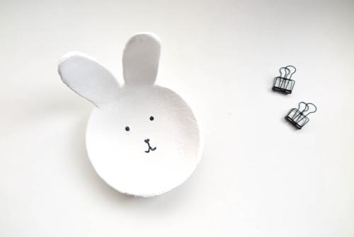 DIY 復活節紙黏土親子手作兔子小物收納置物盤勞作 (12)
