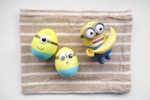 DIY Minions Easter Eggs 復活節小小兵蠟筆染色彩蛋 (12)