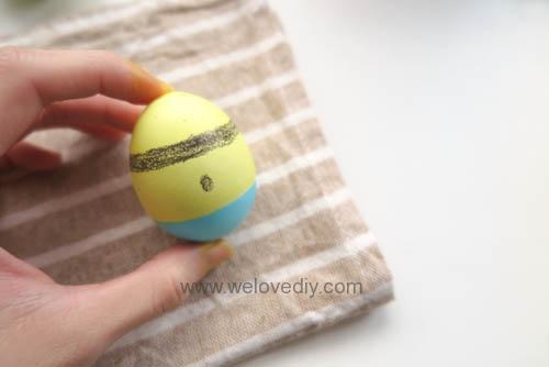 DIY Minions Easter Eggs 復活節小小兵蠟筆染色彩蛋 (9)